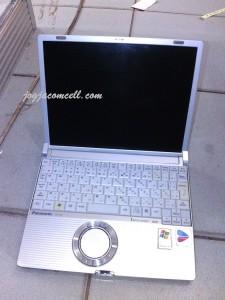 Laptop bekas Panasonic CF-R3