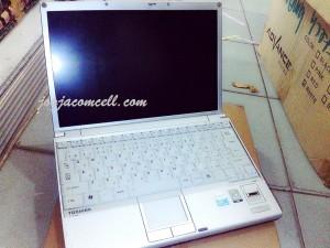 Laptop bekas Toshiba S31 core single