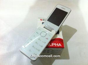 Strawberry ST2 Alpha Handphone Flip Phone Dual SIM GSM