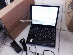 Laptop bekas IBM X31 processor PM