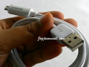 Kabel Data Lampu Samsung – Kabel Charger dan Power Bank